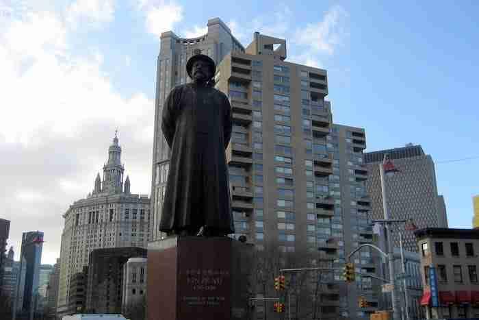 Statua di Lin Ze Xu, Chinatown