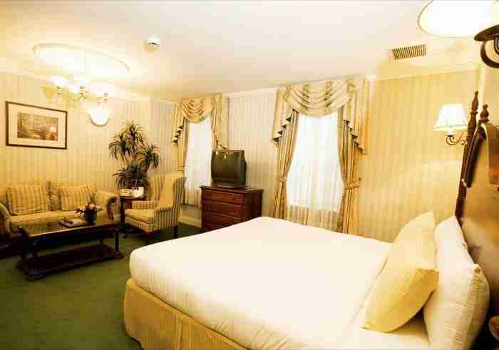 Hotel Stanford