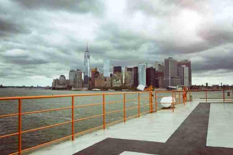 Vista dallo Staten Island Ferry
