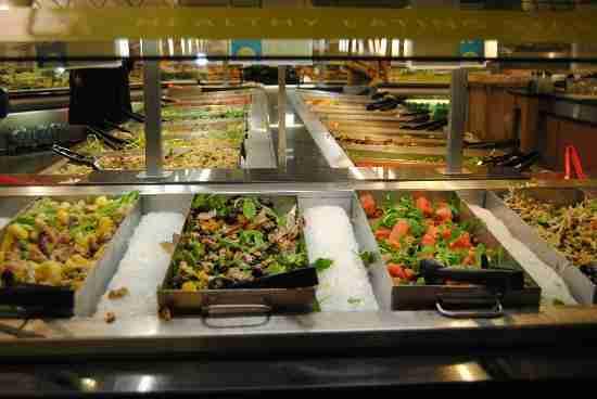 Il cibo self service da Whole Food Market