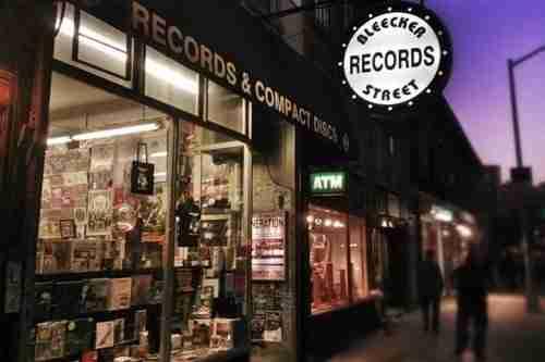 Negozi di musica e fumetti a New York